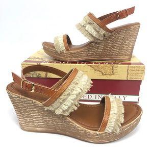 Easy Street Womens Zaira Wedge Sandals Beige 8.5M